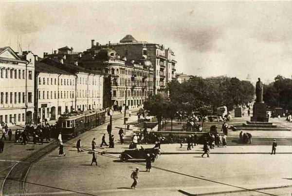 Экскурсия по московским бульварам