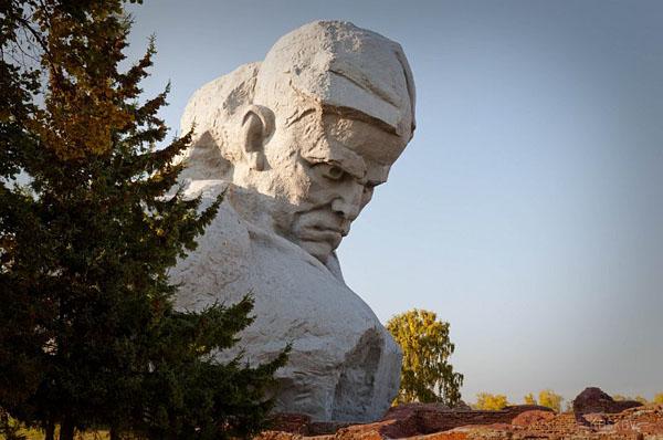 Брест. Фото Бреста. Брест весной. Белоруссия фото. Туры в Белоруссию из Москвы