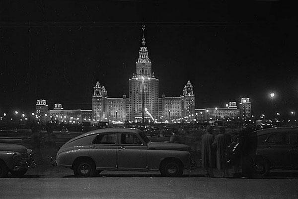 Экскурсия Сталинские высотки