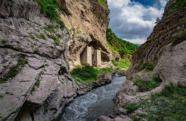 Экскурсии Горная Чечня туры Ушкалой башни