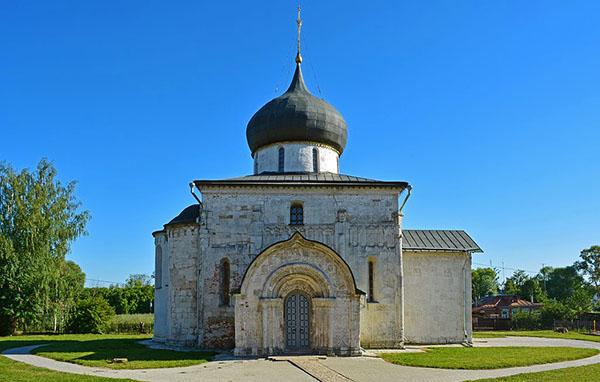 фото Юрьев-Польский Георгиевский собор