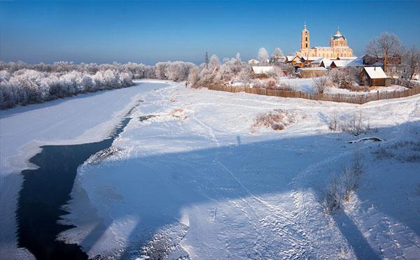 Рязанская область Гусь-Железный церковь зимой