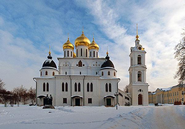 фото зимой Дмитров кремль