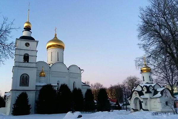 фото зимой Дмитров Борисоглебский монастырь храм