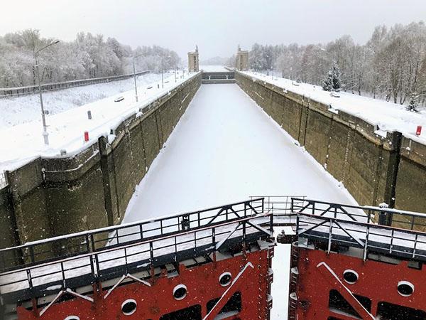 фото зимой Икша Клуб Канала имени Москвы