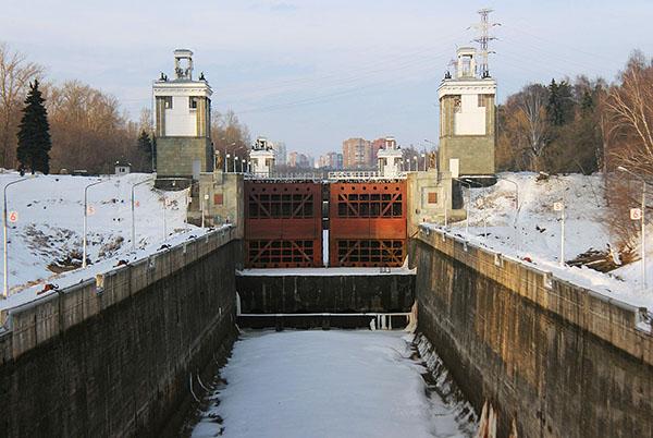 Канал имени Москвы шлюз 7 зимой