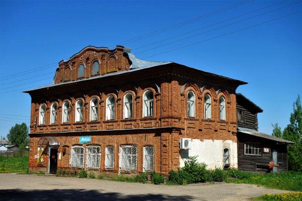 Село Заднее Усть-Кубинский район база Карп Савельич