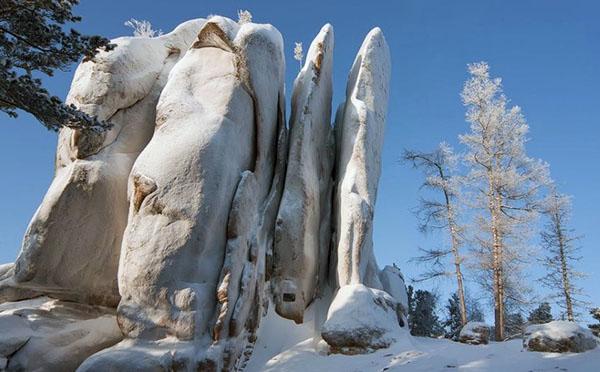 Национальный парк Красноярские Столбы зима